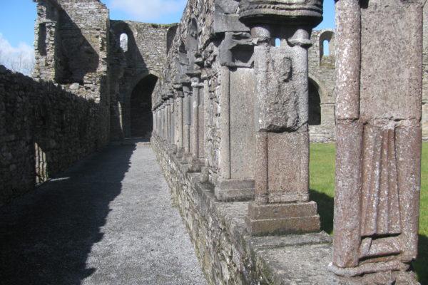 Cloister_Arcade_Exterior_-_Jerpoint_Abbey-Kilkenny_Ireland